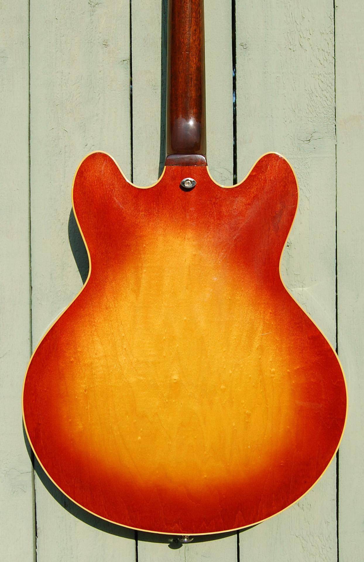 1972 335 back cu