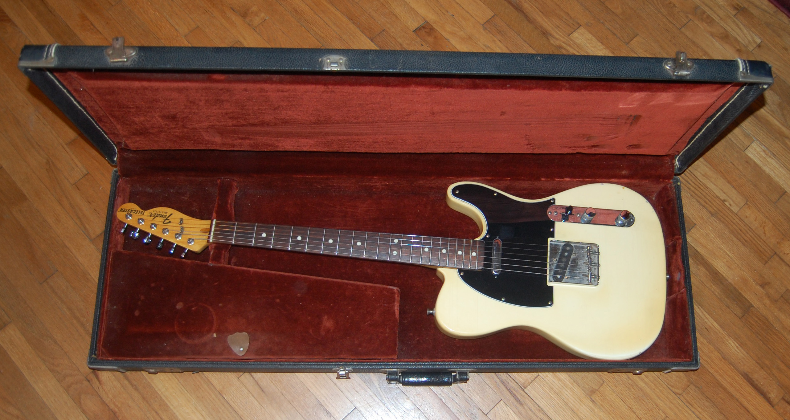 1978 tele in case