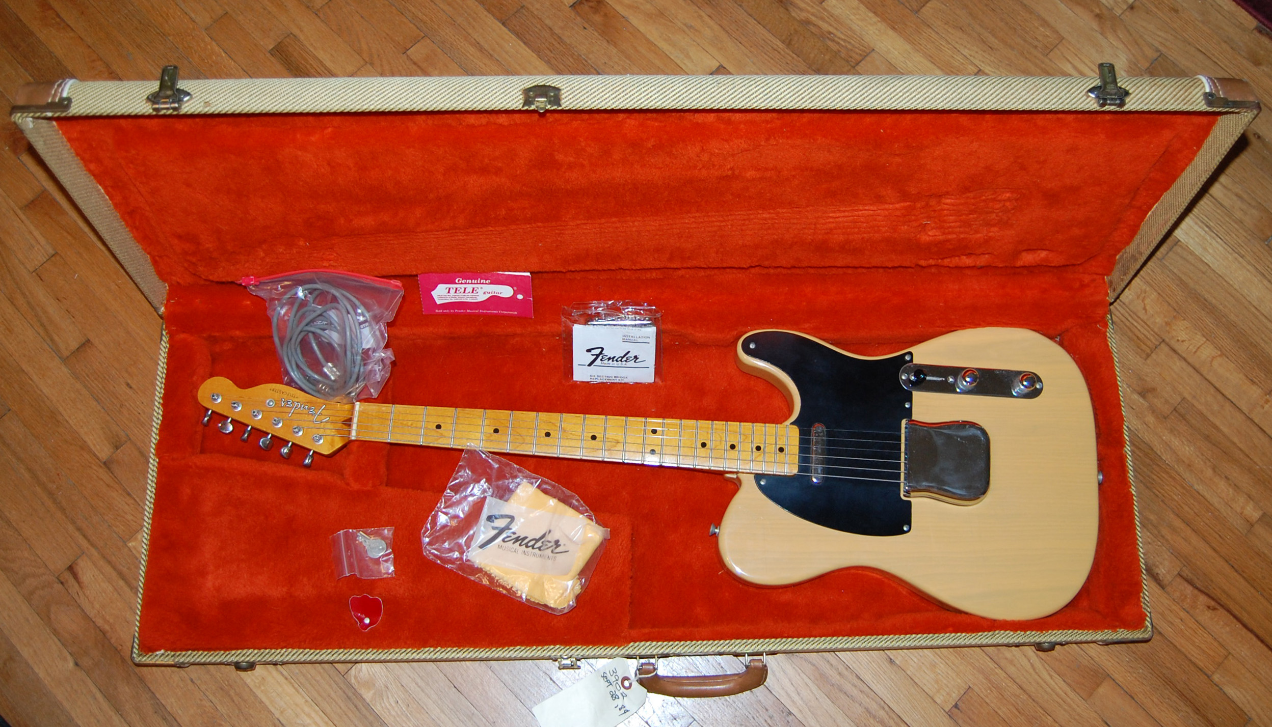 1984 tele in case (1)